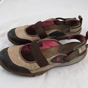 Merrell Kangaroo Performance Shoes